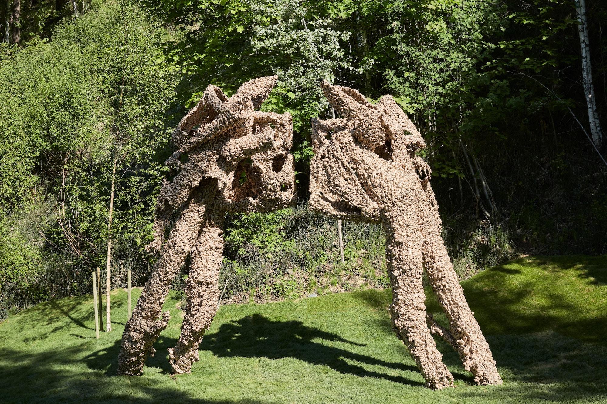 Skulptur, brun